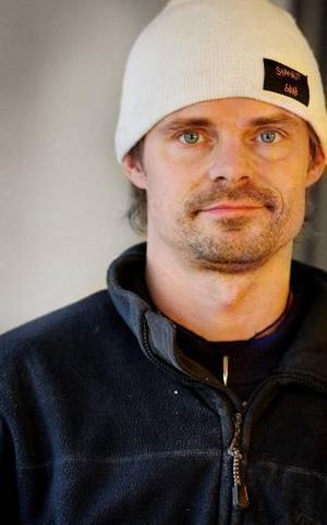 Markus Albertsson, Hallen,gitarr.