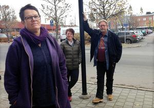 Åsa Bjöörn, Renée Degerbo och Leif Jonsson berättar om resultatet av en nyligen genomför drogvaneundersökning bland kommunens högstadieungdomar.