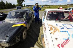 En av motorkollots deltagare är Arvid Gunnarsson från Ytterturingen. Kollot pågår mellan 2–11 augusti och är till för dem som redan har en licens att köra folkrace. Tidigare i sommar hölls även ett kollo för nybörjare.Foto: Håkan Luthman