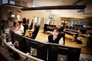 Maria Olsson, Emma Persson och Veronica Lindholm, samtliga sjuksköterskor på SOS i Östersund har fullt upp under sina arbetspass på Trygghetens hus i Östersund.