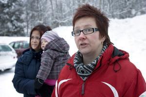 - Vi vill ha ett möte med de ansvariga. Vi vill inte att ett beslut ska tas förhastat, säger Catarina Sundström som tagit initiativet till protesten.