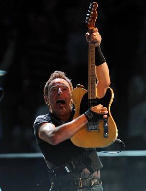 Bara under 2000-talet har Bruce Springsteen gjort tio konserter i Stockholm och Göteborg, både med sitt legendariska E Street Band och folkmusikensemblen Seeger Sessions Band.Foto: Bill Kostroun/Scanpix