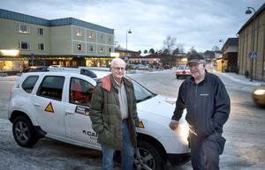 Rolf Westberg och Örjan Andersson är två av byavakterna Matfors. De upplever att det blivit lite lugnare i Matfors.