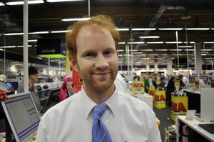 Simon Bylund, vice varuhuschef på Elgiganten i Östersund, ser tillbaka på en lyckad mellandagsrea för hans butik.