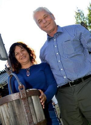 Två av deltagarna hade rest lång väg för att delta i exkursionen . Björn Rasmusson och Mara de Nadai kom från hemmet Curitiba i Brasilien till exkursionen i Mora.