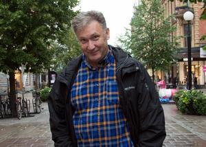 Iso Porovic, länsregissör i Västernorrland, leder det konstnärliga arbetet när Musik Västernorrland och Estrad Norr i Jämtland samproducerar en barnopera nästa höst.