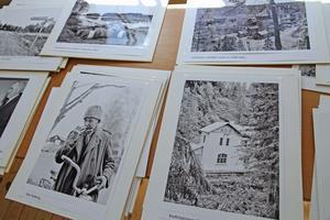 Stig-Åker har valt ut ett 70-tal fotografier från en nästan oändligt antal negativ. Betoningen ligger på 1950- och 1960-talen