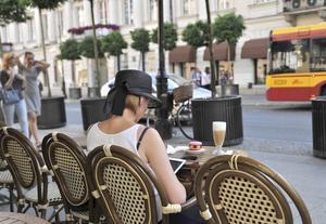 Warszawa har på senare år fått ett större utbud av trevliga caféer, barer och restauranger.