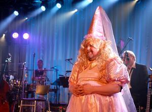 Kalle Moraeus som prinsessa, visade sig ha bra skådespelartalang.