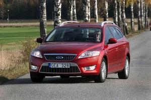 Ford Mondeo Kombi 2,2 TDCi281 900 kronor.Mycket prisvärd syskonbil till Volvo V70. Rymlig.