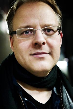 Violinisten Peter Roos har spelstuga.