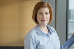 Hälso- och sjukvårdslandstingsrådet Anna Starbrink har riktat skarp kritik mot Vidarkliniken. Nu hoppas Ursula Flatters på en bättre dialog med henne.