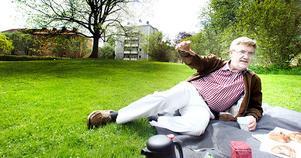 Gävlebon och folkpartisten Kenth Lövgren har tagit steget fram som parkernas förkämpe i Gävle.