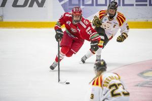 Emma Nordin och ytterligare sex Modospelare togs ut i landslaget som ska möta Finland i tre landskamper.