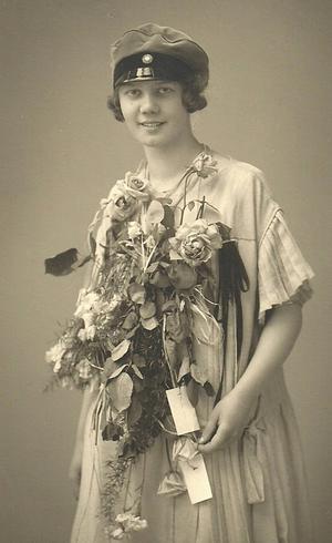 Elisabeth Rydell vid sin realskoleexamen.