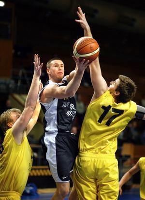 Zoltan Kurinczky slutar spela basket.