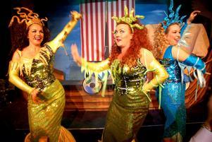 Glittrande sjöjungfrur, Camilla Collett, Katarina Sakrisson och Maria Nilsson.