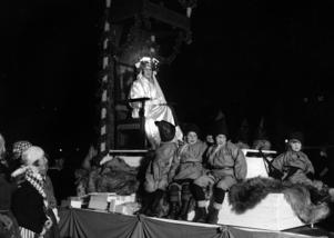 Luciafirande på Skansen 1929 - det andra firandet någonsin av en svensk tradition som faktiskt inte ens är 90 år gammalt.