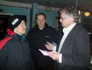 Riksdagsmannen Per Åsling (C) träffade ett 20-tal företagare i Sveg på måndags- kvällen.