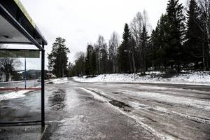 Haga   Området söder om Katrinelundsskolan mellan Hagaskolan och Hagavägen är i dag obebyggt. Här finns plats för några villatomter där en detaljplaneprocess nu ska starta. Området ligger mycket nära en busshållplats.