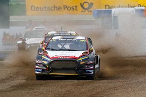 Kevin Eriksson ingår i år i ett österrikiskt team tillsammans med den tyske DTM-stjärnas Timo Scheider, i bilen bakom.
