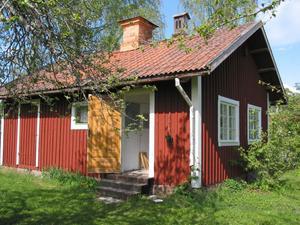 Stationsmästarens sommarstuga är öppen för utställning och enklare kafé under sommaren.