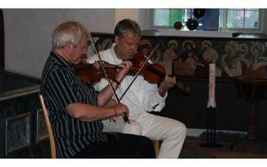 Björn Ståbi och Per Gudmundson spelade låtar från bland annat Dalarna.