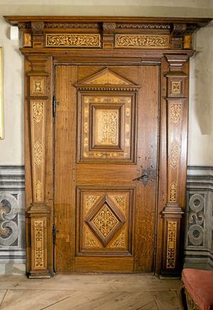 INTARSIA. Tidö är känt för sina många vackra dörrar från 1600-talet.