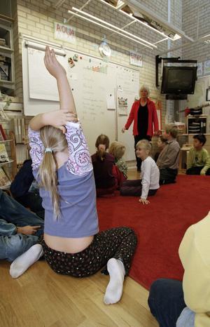 Är det svårare att få barn att sitta tyst och arbeta eller lyssna i dag än för 30 år sedan? I så fall beror det knappast på barnen, utan på vuxenvärlden.