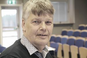 Jag har frågat den personal vi har inom kommunen om effekterna av en flytt, säger socialnämndens ordförande Jan-Åke Lindgren.