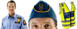 Ordningsvakten Thomas Nilson visar en variant av den nya uniformen.