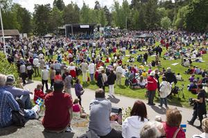 Nationaldagsfirande på Djäkneberget.