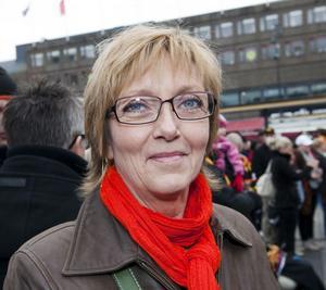 Eva Sjöstedt, 52 år, jobbar i klockaffär, Söder.1. Jag var hemma och såg på tv. Några av de andra matcherna har jag sett ute på en puben.2. Ingen aning. Så insatt är jag inte men många är bra.