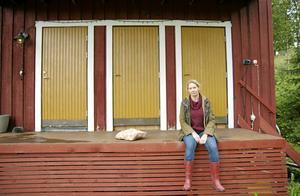 Stockholms fjällkoloniförening hyrde in sig påDalens gård för att ge stockholmsbarn tillgång till fjälluften. På tisdag kväll samlar Linda Forss in minnen av kolonierna under en berättarkväll på Logeni Edsåsdalen.