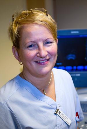 Ingela Högerås som är chef för kvinnosjukvården säger att man måste jobba med att förbättra arbetsmiljön.