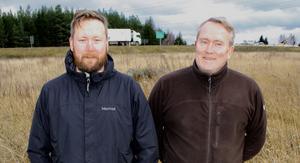 Jan Åke Schenning  (till höger) med sonen Andreas Schenning som är restaurangchef för Sibylla i Enköping. Bild: Fredrik Sandberg