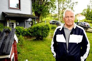 Sedan 2011 har Ingemar Persson delvis fortsatt att köra taxi, men med samma problem med trötthet och magknip.