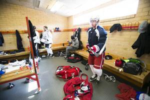 Nicklas Bäckström laddar för en ny säsong i Washington Capitals. Men på grund av höftoperationen kanske han missar säsongsstarten i NHL.