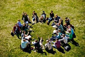 Vem tänker rösta? Studenter på Hotell- och restauranghögskolan i Grythyttan svarar på en snabbenkät från NA.