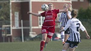 Lovisa Hedin gjorde tre mål igen.