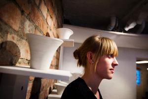 Emma Grelsson debuterar på Drejeriet.