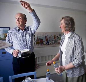 Både Olof Tegström och hans hustru Inga har engagerat sig för att skapa ett intresse också i Sverige för vätgas som energikälla, inte minst i bilar.