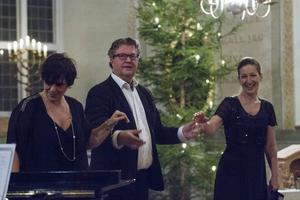 Stående ovationer fick Ann-Marie Backlund, Rune Broberg och Tove Nilsson.