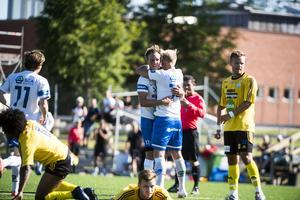 Matchens första mål stod Jonathan Åhlin för.