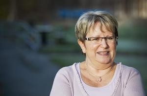 Det åttonde mars i år förlorade Maij Frendberg sin man till den fruktade sjukdomen ALS. Nu lever hon med minnet av en vård i livets slutskede som inte alls fungerade.