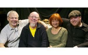 Mats, Pelle, Britt-Liz och Erik är redo för premiären av nya musikshowen i Orsa.