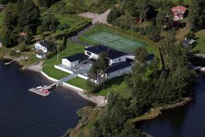 Ett av de nya hus som byggts på Norrlandet på senare tid är Nicklas Bäckströms nya villa på bilden. I den nya översiktsplanen finns hårdare riktlinjer för hur nya hus på Norrlandet ska utformas för att passa in i miljön.