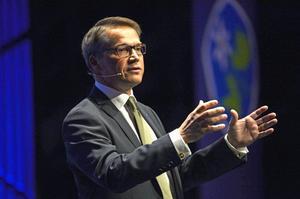 Göran Hägglund måste släppa önskan att vara killen alla gillar och i stället vässa sin politik om han vill klara riksdagsspärren.