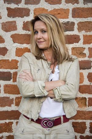 Maria Lundqvist har bland annat spelat i tv-serien 30 grader i februari och filmerna Maria Larssons eviga ögonblick, Heartbreak hotel och En underbar jävla jul.