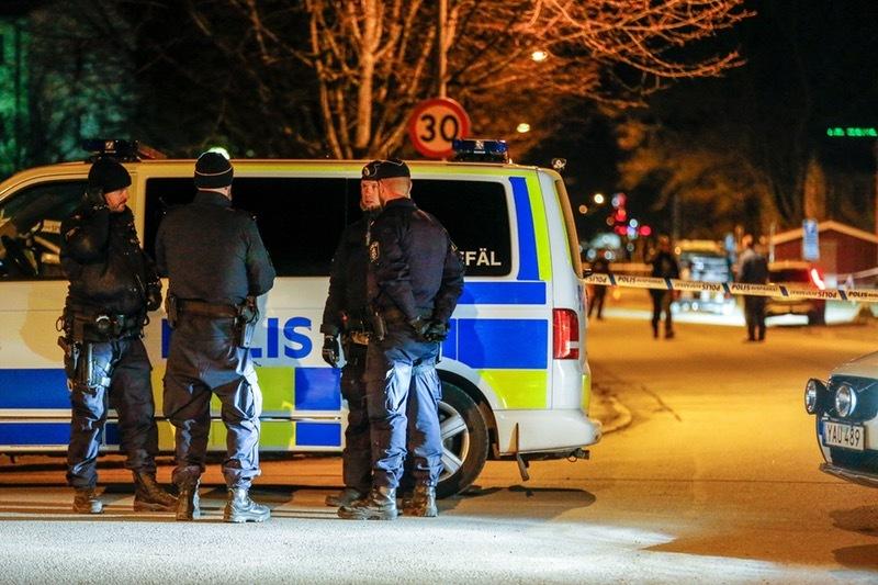 Polisen flera bakom mord pa 37 aringen